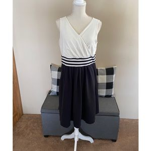 Lands End Black and Cream Dress Size 14/16